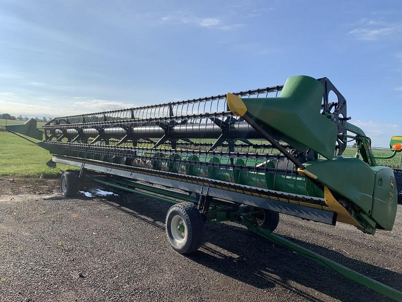 2011 JOHN DEERE 635F FLEX HEAD