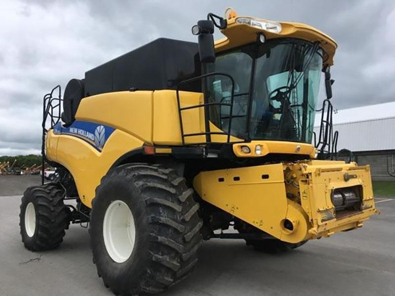 2012 NEW HOLLAND CR6090 COMBINE