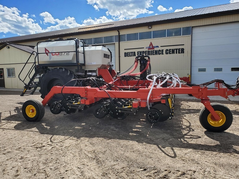 2021 BOURGAULT CD872-8 SEEDER