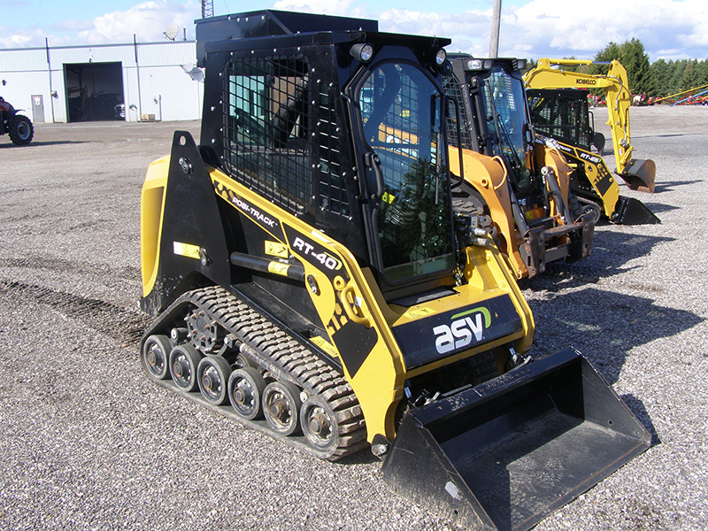2019 ASV RT-40 COMPACT TRACK LOADER AND BUCKET