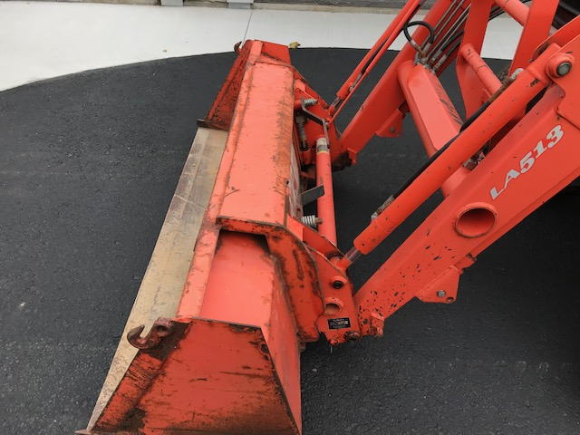 Kubota L3430 HST tractor with loader