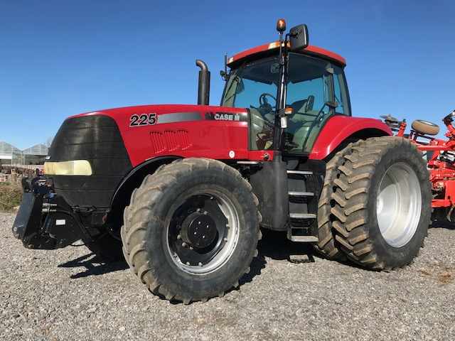 Case Magnum 225 tractor for sale