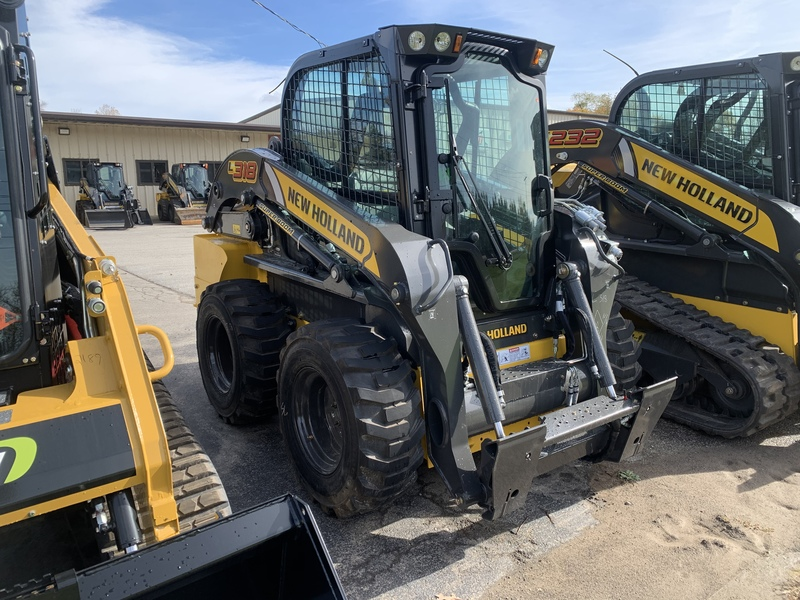New Holland L318 Skid Steer Loader
