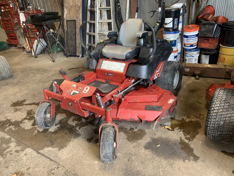 "Ferris IS700 61"" zero turn mower"