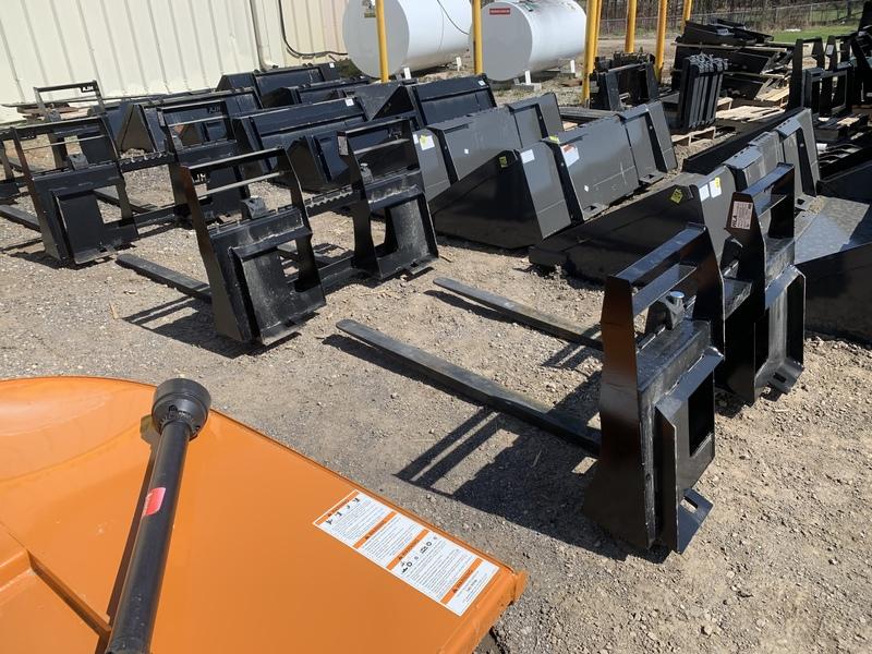 """ASV RT30 48"""" 2000 lbs pallet forks"""