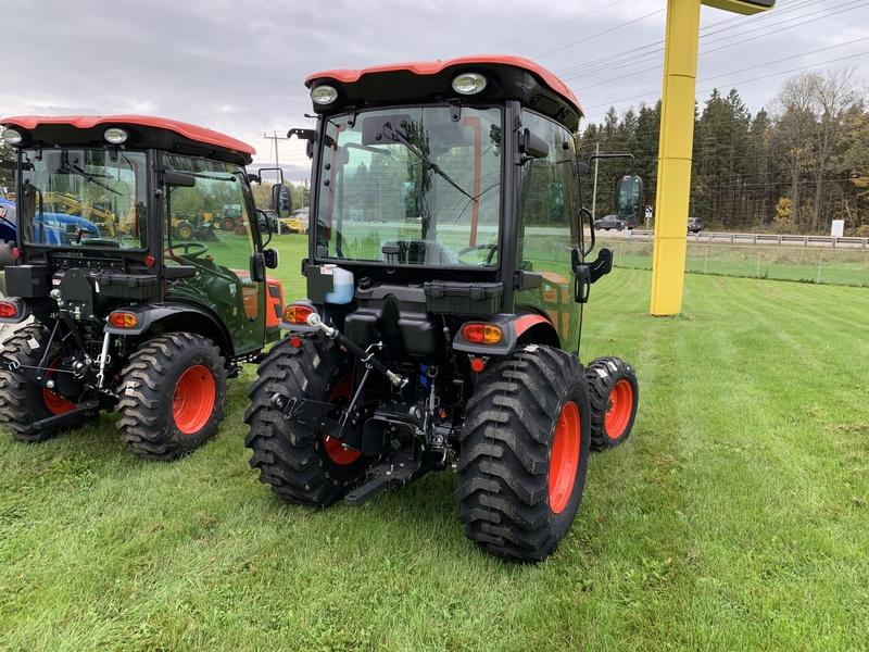 Kioti CK2610 SE Tractor Cab Loader