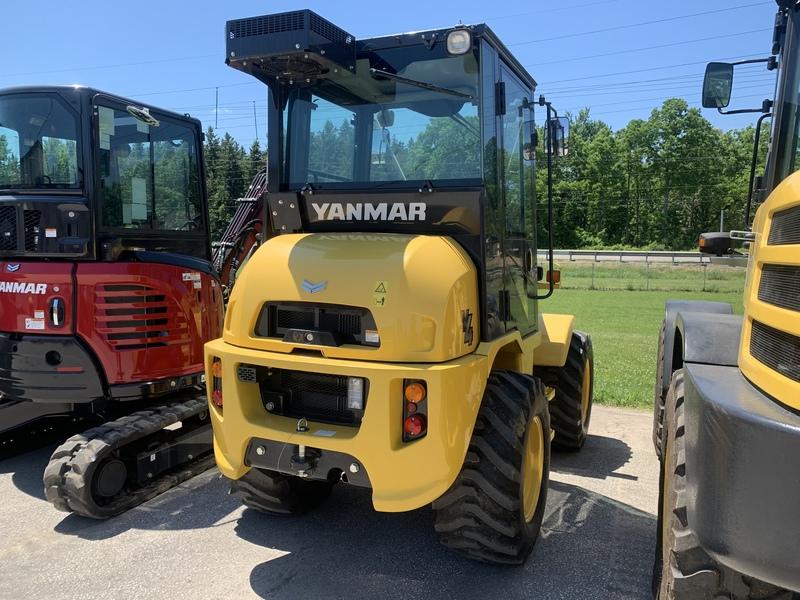 Yanmar V4 compact wheel loader