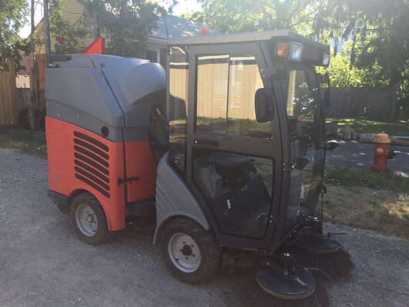 Hako Citymaster 300 street sweeper