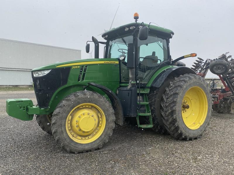 John Deere 7215R tractor