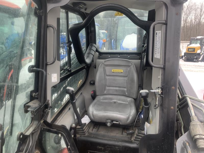New Holland L218 skid steer loader